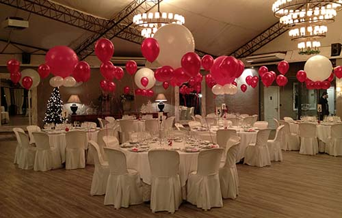Decoraci n con globos barcelona globos de helio for Decoracion de espacios abiertos para bodas