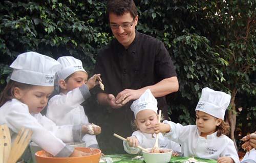 Talleres infantiles barcelona actividades juegos - Taller cocina barcelona ...
